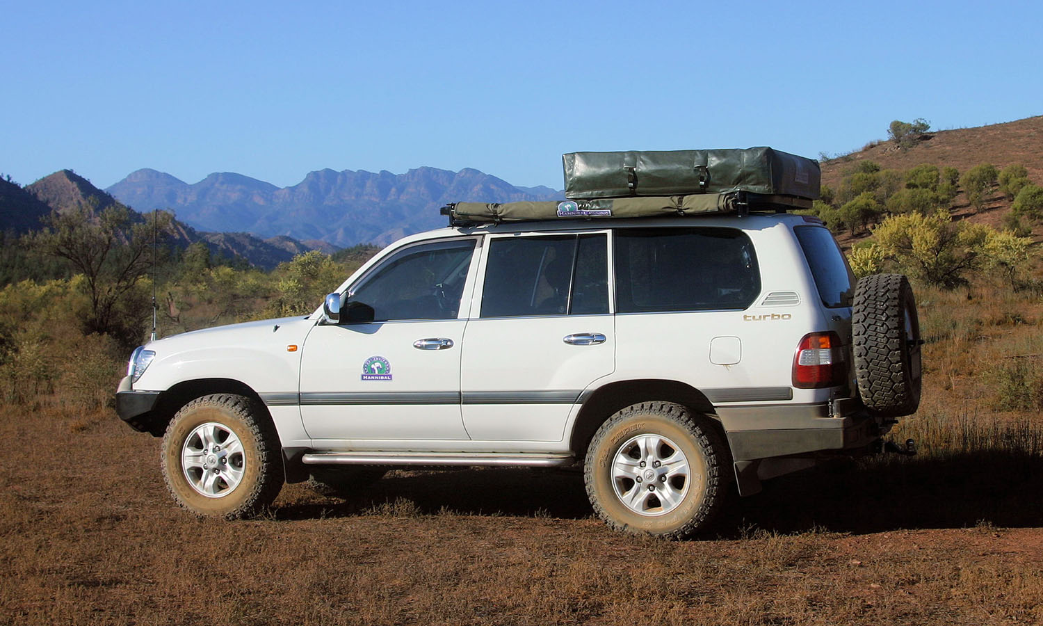 Hannibal Roof Racks for 100 Series Toyota Landcruiser : hannibal roof tent uk - memphite.com